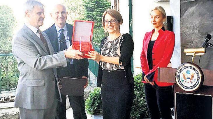 Türkiye-Ermenistan Gazetecilik Ödülü Evin'in