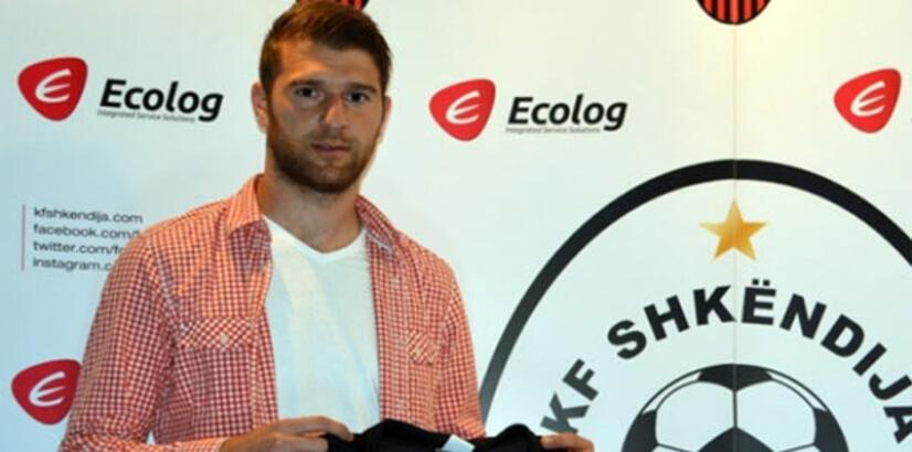 Bursaspor'a Makedon stoper!