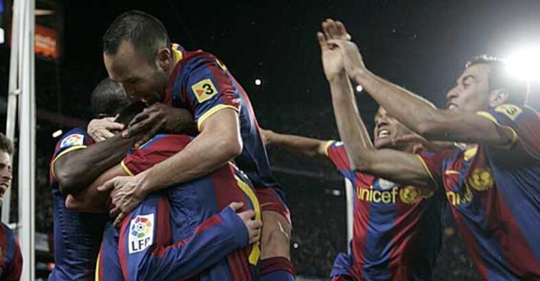 Barça'dan dev forma anlaşması