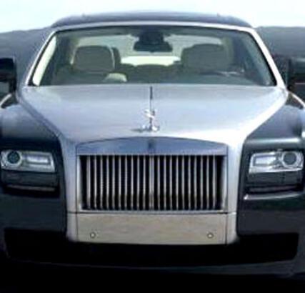 Ağaoğlu Rolls Royce Ghost'una Kavuştu!