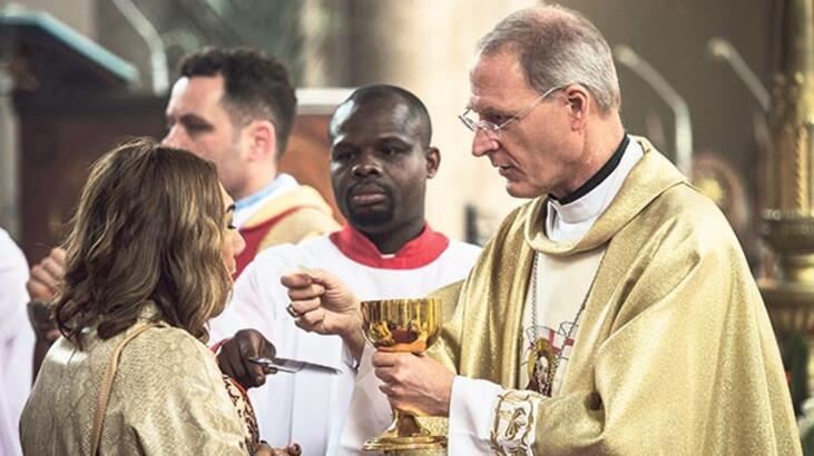 St. Antuan'da Paskalya Bayramı