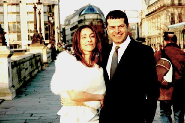 Cüneyt Özdemir Paris'te evlendi