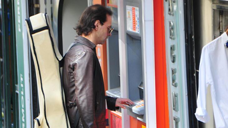 Kaan Tangöze'nin bankamatikle imtihanı