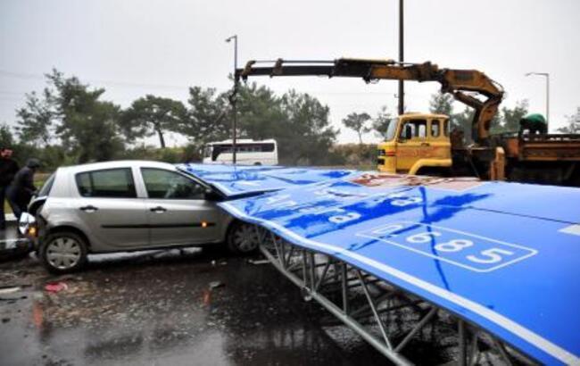 Antalya'da fırtına kazası