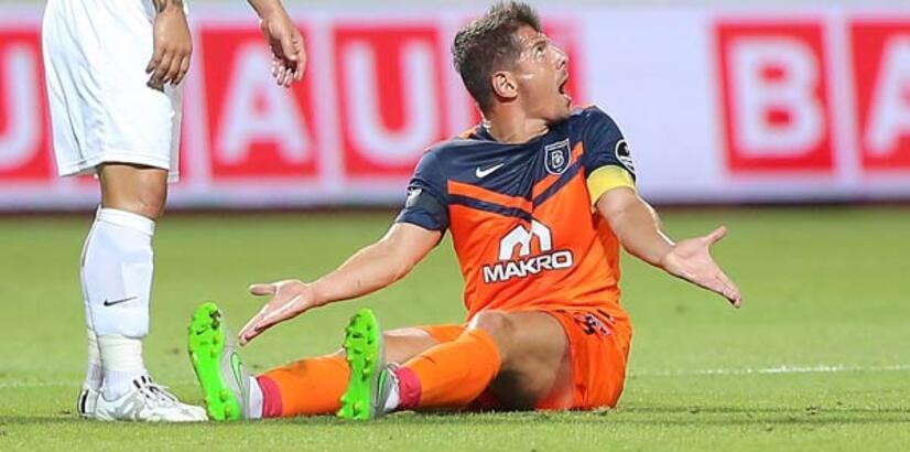 Başakşehir Emre Belözoğlu ile 4'te 0 çekti