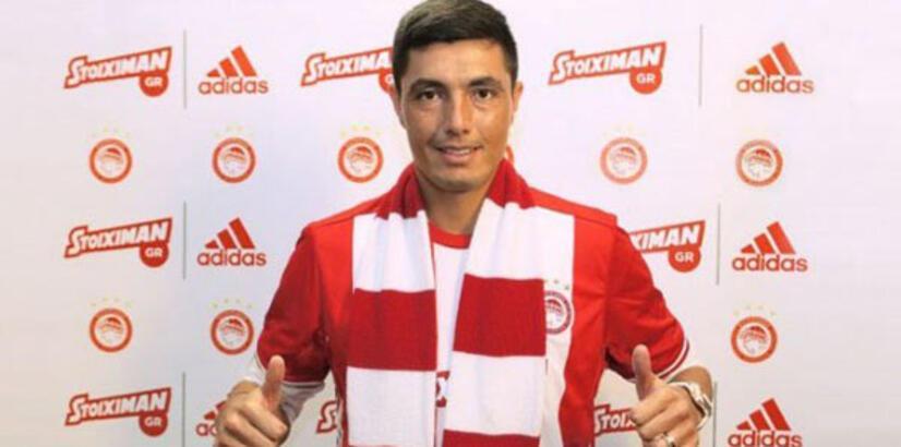 Oscar Cardozo transferi Olimpiakos'u karıştırdı