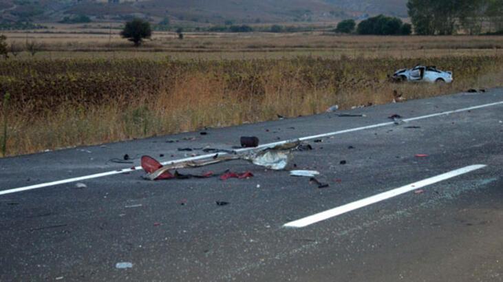 Çanakkale'de kaza: 5 ölü 1 yaralı