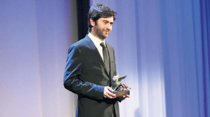 Ödülü alırken aklım hep Türkiye'deydi
