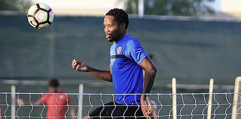 Antalyaspor'da Makoun şoku