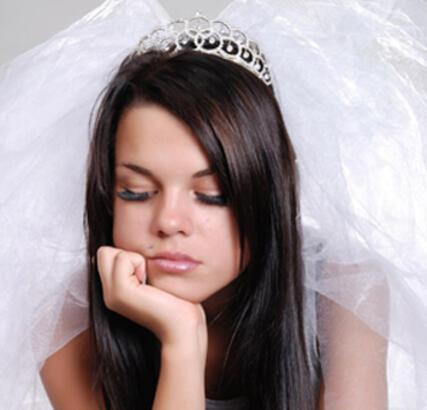 """""""Küçüklere büyük gelen bu evliliklere son verilmelidir…"""""""