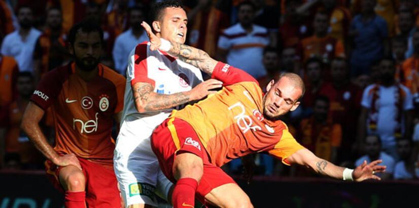 Yener İnce açıkladı! Wesley Sneijder ve Sigthorsson bu hafta yok