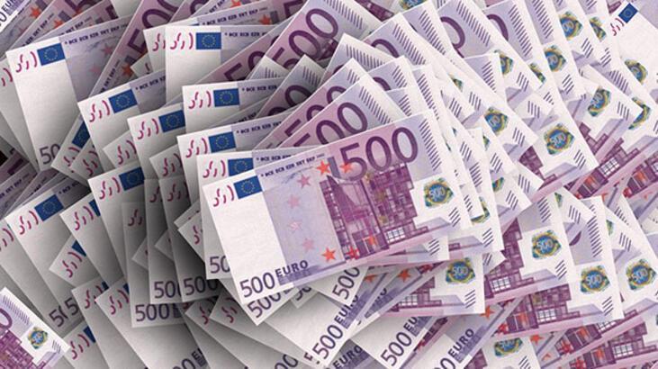 Gizemli Rus kadın Atina Havaalanı'nda rekor miktarda para ile yakalandı!