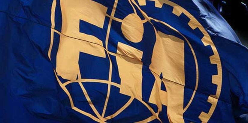 FIA'dan Mercedes ve Pirelli'ye ceza!