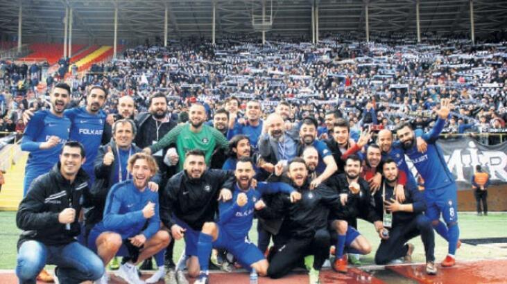 Liderler İzmir'den