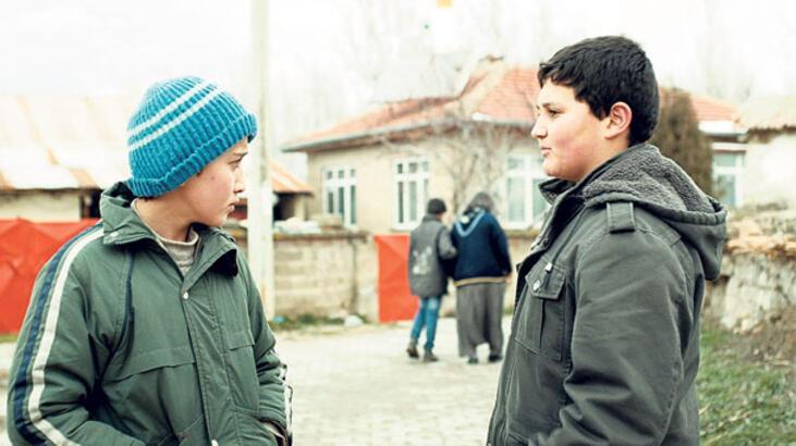Antalya'da yarışma filmleri son hız ilerliyor