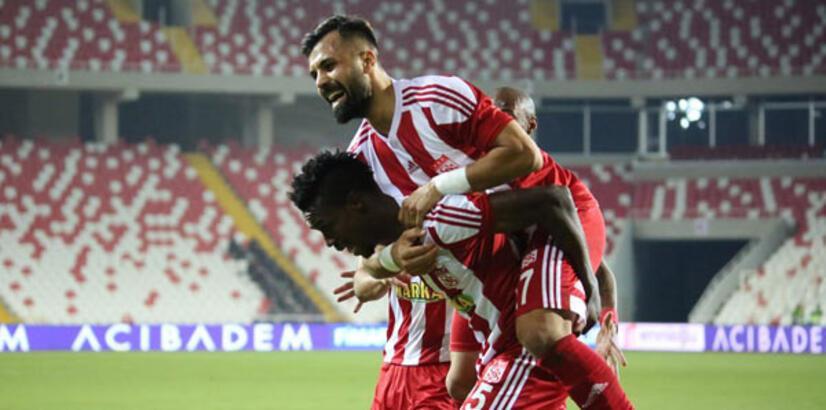 Sivasspor-Şanlıurfaspor: 2-0
