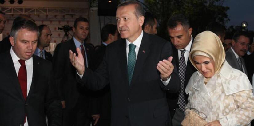 Erdoğan: Alevilik Hz. Ali'yi sevmekse ben dört dörtlük bir Alevi'yim