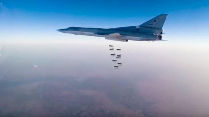 Son dakika... Rus savaş uçakları ilk kez El Bab'da IŞİD'i vurdu