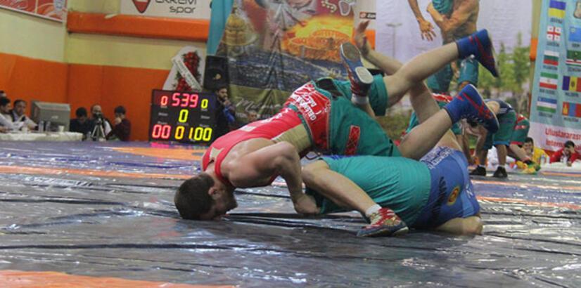 Şalvar Güreşi Şampiyonası K.Maraş'ta yapıldı