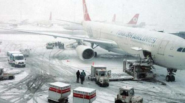 Kar yağışı sebebiyle bu gece iptal edilen uçuşlar!