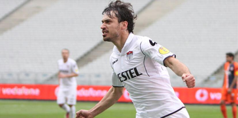 Manisaspor eski futbolcusu Nikola Mikic'le anlaştı