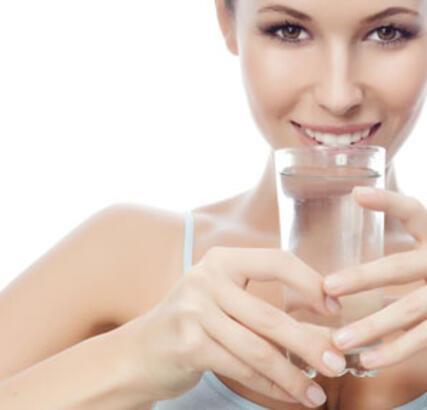 Baş ağrısının nedeni susuzluk mu? - Sağlıklı Beslenme