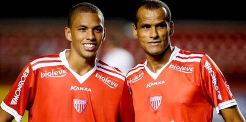 Rivaldo'nun oğlu Dinamo Bükreş'e transfer oldu
