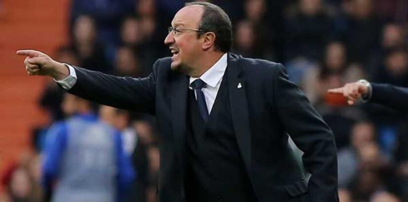 Valencia beraberliği Benitez dönemini bitirdi