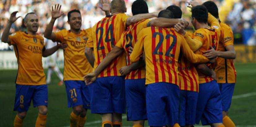 Rakiplerinin puan kaybettiği haftada Barcelona kazanarak büyük avantaj sağladı