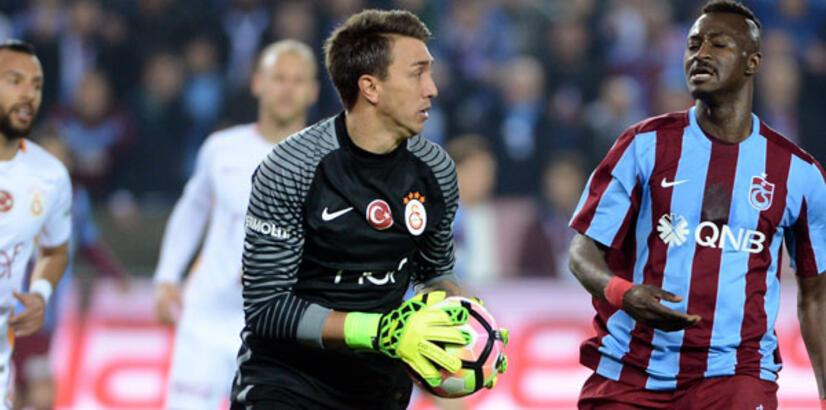 Galatasaray'da kaptanlık tartışması! Muslera...