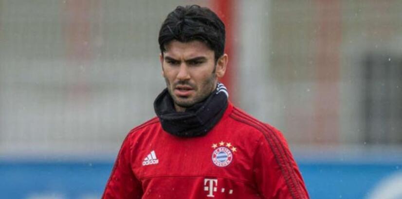 Serdar Taşçı, Bayern'deki ilk gününde sakatlandı!