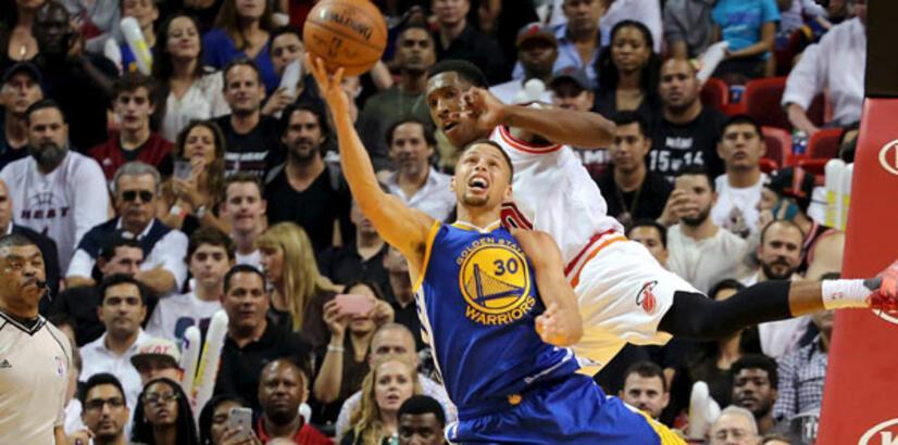 GSW'de Curry-Thompson şov! 75 sayı...