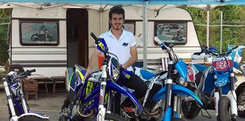 Avrupa şampiyonu motosikletçi ile babasını silah merakı tutuklattı