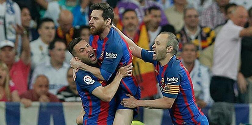 Robert Fernandez: Iniesta ve Messi yakında sözleşme yenileyecek