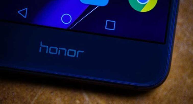 Android Oreo güncellemesini alacak Honor cihazlar ortaya çıktı