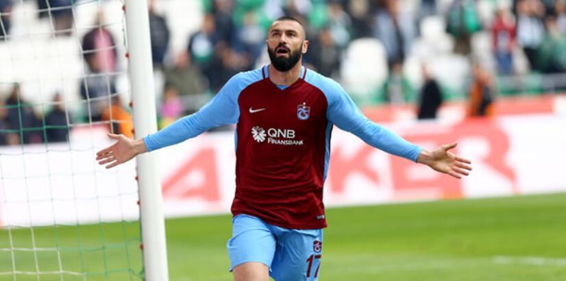 Burak Yılmaz, Trabzonspor'un geçen sezonki gol sayısını geçti