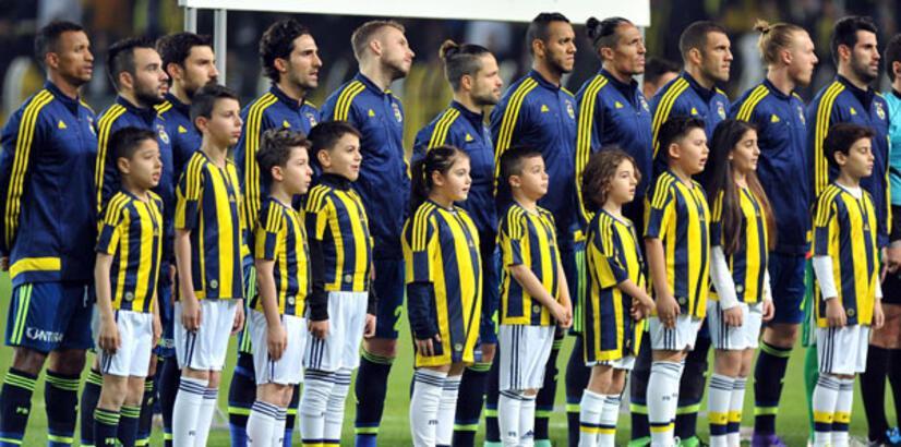 Fenerbahçeli futbolcular isyan etti!