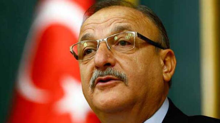 AK Parti ve CHP'yi eleştirdi