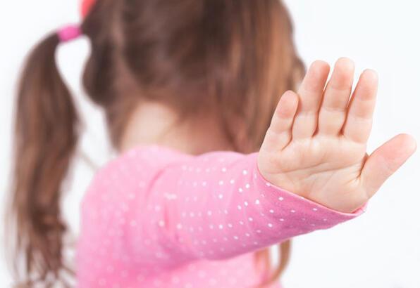 """Çocuklara """"Hayır"""" demek nasıl öğretilir?"""