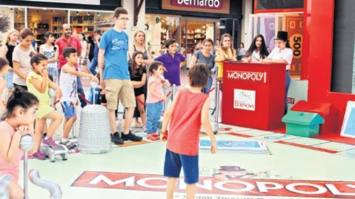 Dev Monopoly yarışmasına İzmirlilerden yoğun ilgi