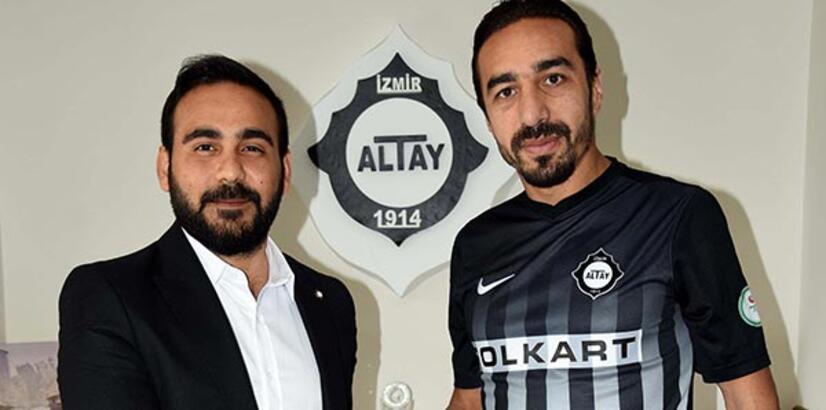 İbrahim Öztürk, Altay'la sözleşme imzaladı