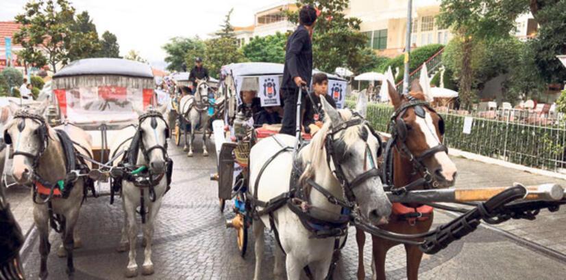 Büyükada'da faytonlu festival