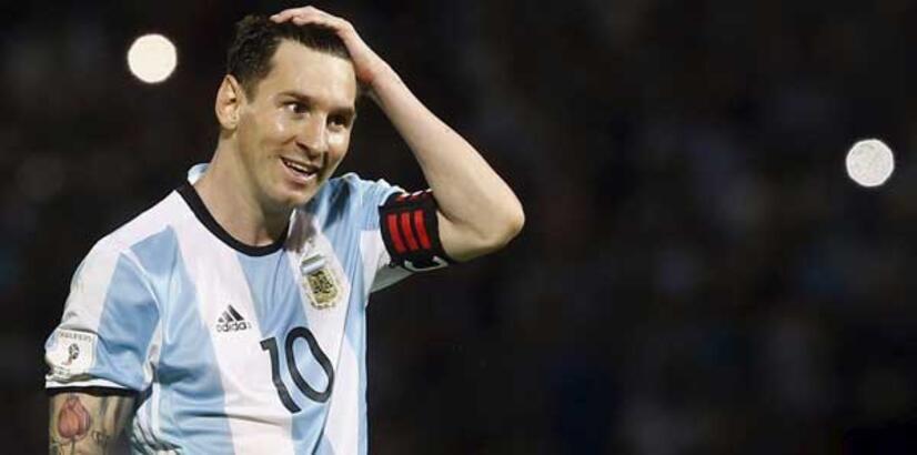 """Messi, """"El Clasico""""da 500. golünü arıyor"""