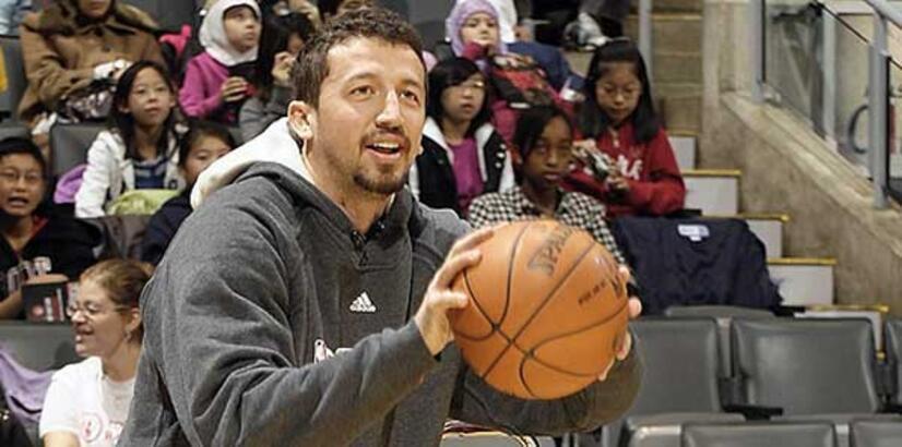 Efsane basketbolcudan Hidayet Türkoğlu'na destek