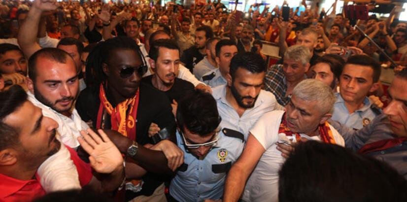 Gomis İstanbul'da krallar gibi karşılandı!