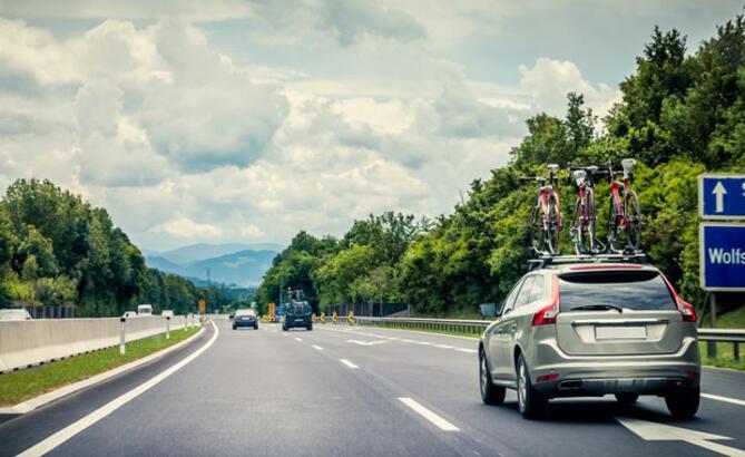 Almanya'da sürücüsüz otomobil devri başlıyor
