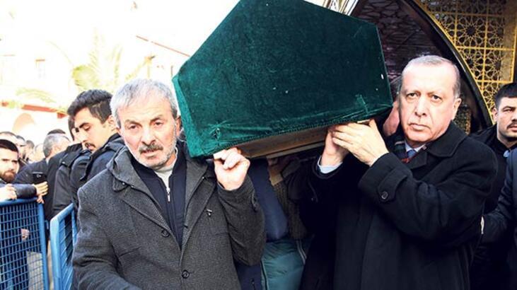 Erdoğan, Samet'in tabutuna omuz  verdi