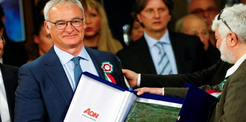 Claudio Ranieri'ye İtalya'da ödül