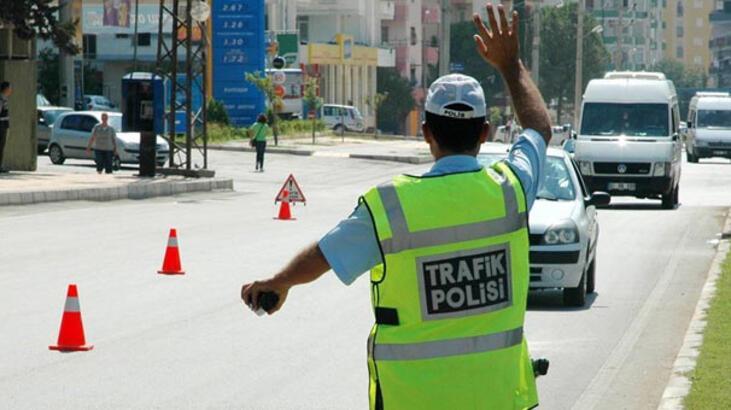 İçişleri Bakanlığı, bayramda 52 bin personelle trafik denetimi ...