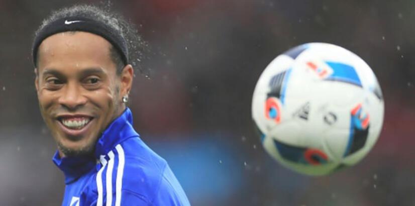 Antalyaspor'dan flaş Ronaldinho açıklaması